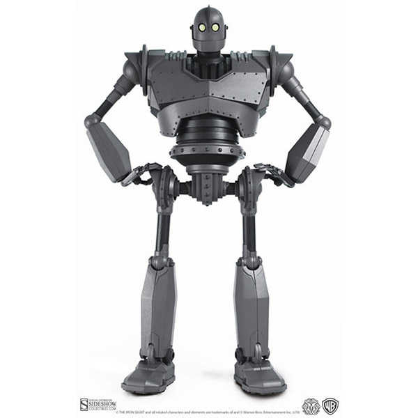 Iron Giant Deluxe Talking Collectible Figure.