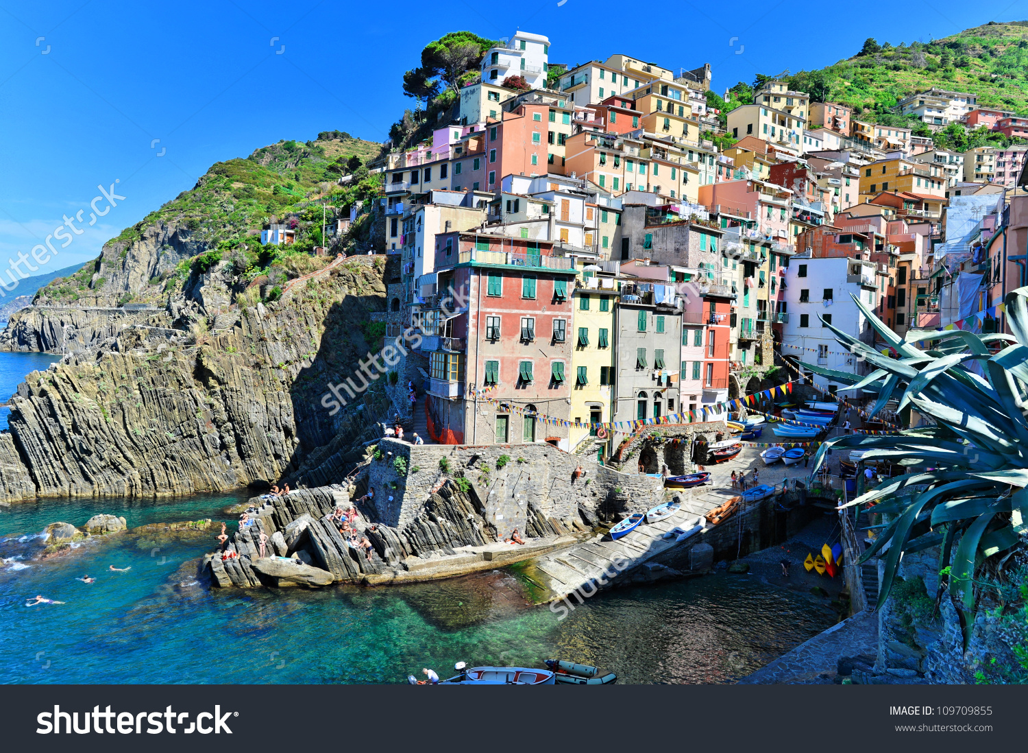 Rio Maggiore View From Above, Cinque Terre, Italian Riviera Stock.