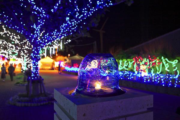 Okinawa Island Guide » Itoman Peaceful Illumination Festival.