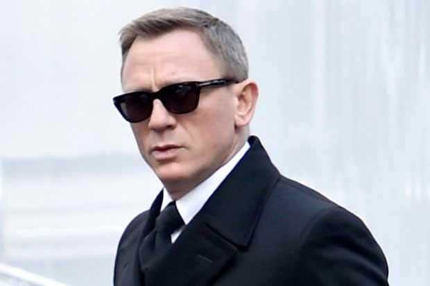 Daniel Craig Discusses the Future of James Bond.