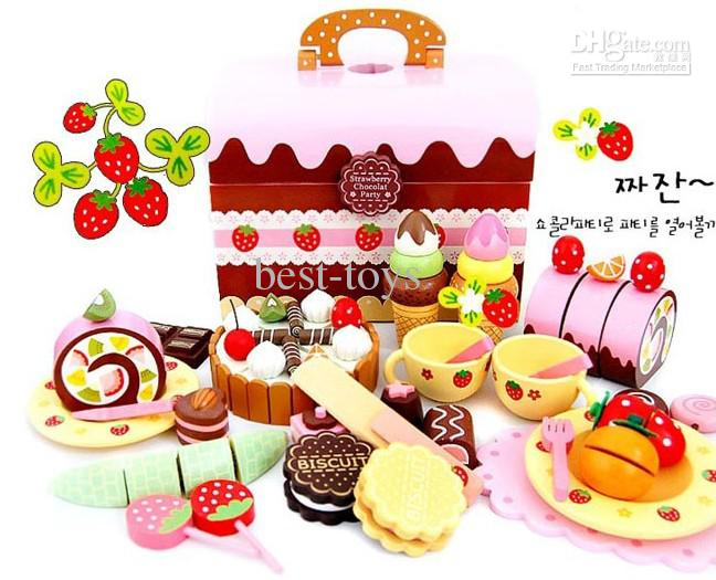 2017 Wooden Play House Toy Birthday Cake Japan Strawberry.