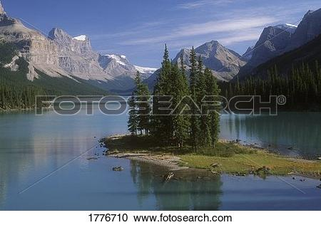 Stock Photography of Maligne Lake, Jasper National Park 1776710.