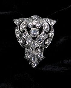 VINTAGE Rhinestone BROOCH Pin Art Deco LILIES Lily Green Glass.