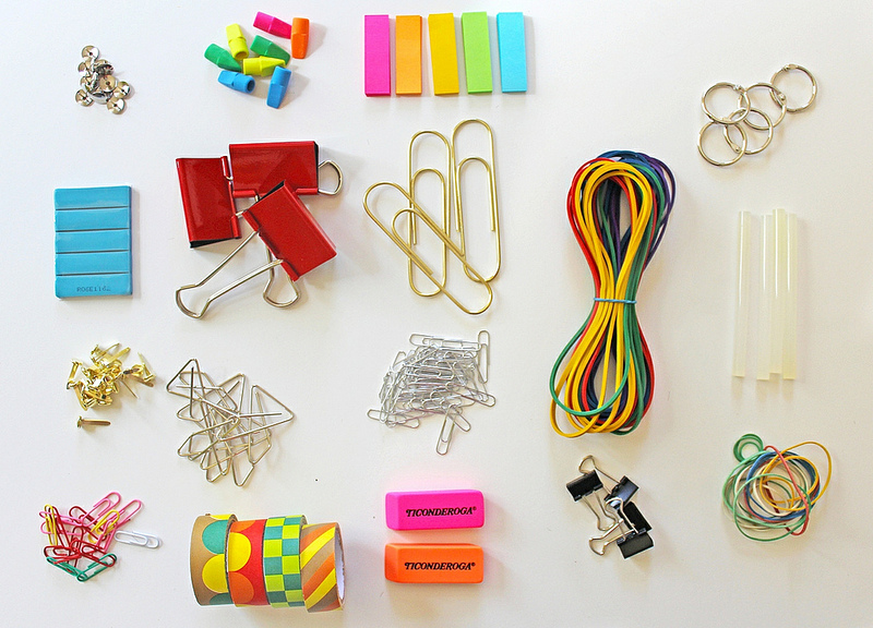 DIY: Jewelry Made From Office Supplies.