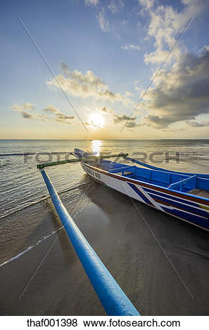 Pictures of Indonesia, Bali, Jimbaran, Traditional fishing boat on.