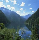 Stock Photo of Long Lake, Jiuzhaigou, Sichuan, China 00370ai22374.