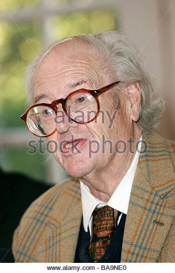 John Mortimer Stockfotos und John Mortimer Stockbilder.