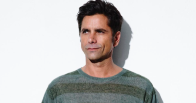 Stamos PNG.