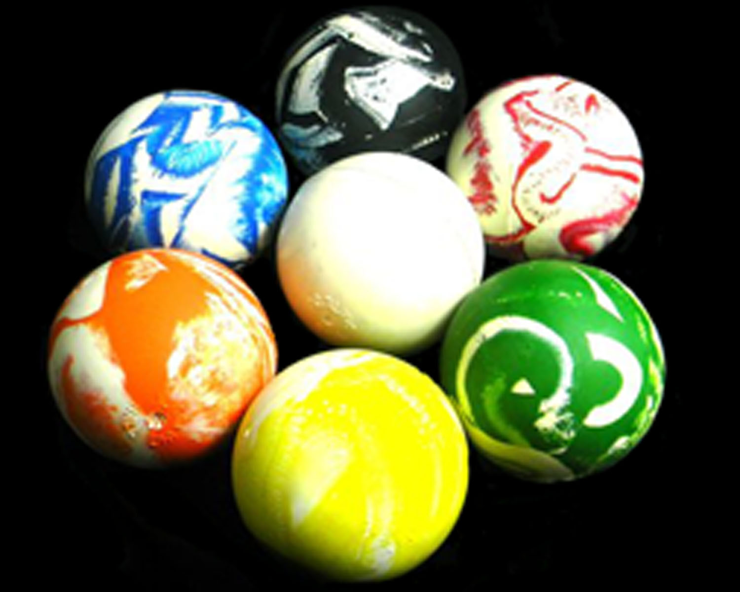 Welcome To Our Huge Range Of Juggling Balls !.