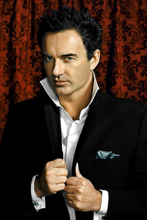 Julian McMahon Style & Fashion / Coolspotters.