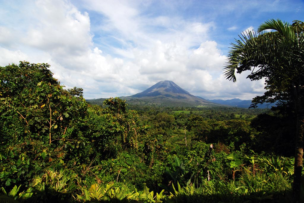 Costa Rica, Luxury Hotels, Luxury Hotels, Resorts, and Accommodations.