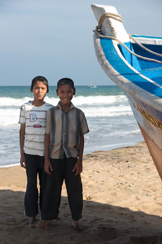 kalmunai beach boys.