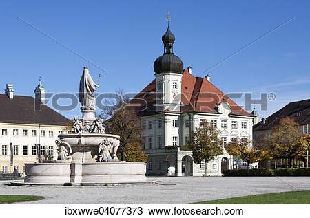"""Stock Photo of """"Marienbrunnen fountain with town hall, Kapellplatz."""
