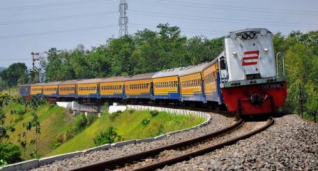 Harga tiket kereta api Sri Tanjung.