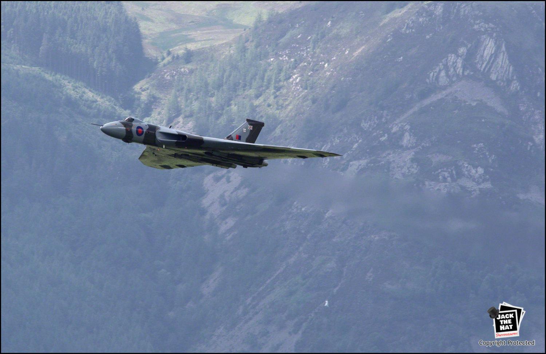 Vulcan bomber clipart.