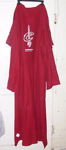 Details about Cleveland CAVS & Keybank Snuggie Blanket Robe RED Fleece 68 x  50\