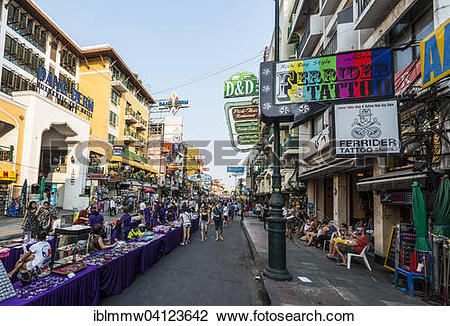 Stock Photo of Stalls and tourists in Khao San Road, Krung Thep.