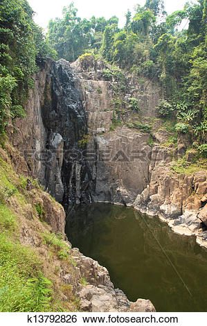 Stock Images of Heaw Na Rok waterfall dry in summer, Khao Yai.