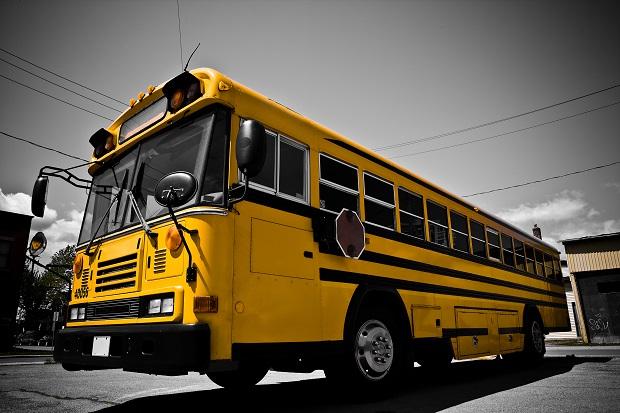 Iowa School District Experiments with School Bus Seat Belts.