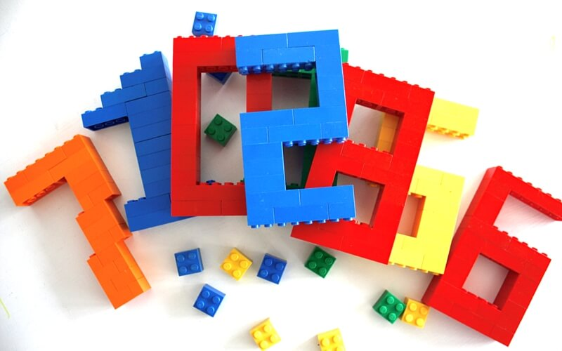 Build LEGO Numbers Math Activity for Kids.