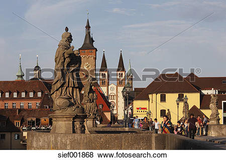 Pictures of Germany, Bavaria, Franconia, Wuerzburg, View of city.