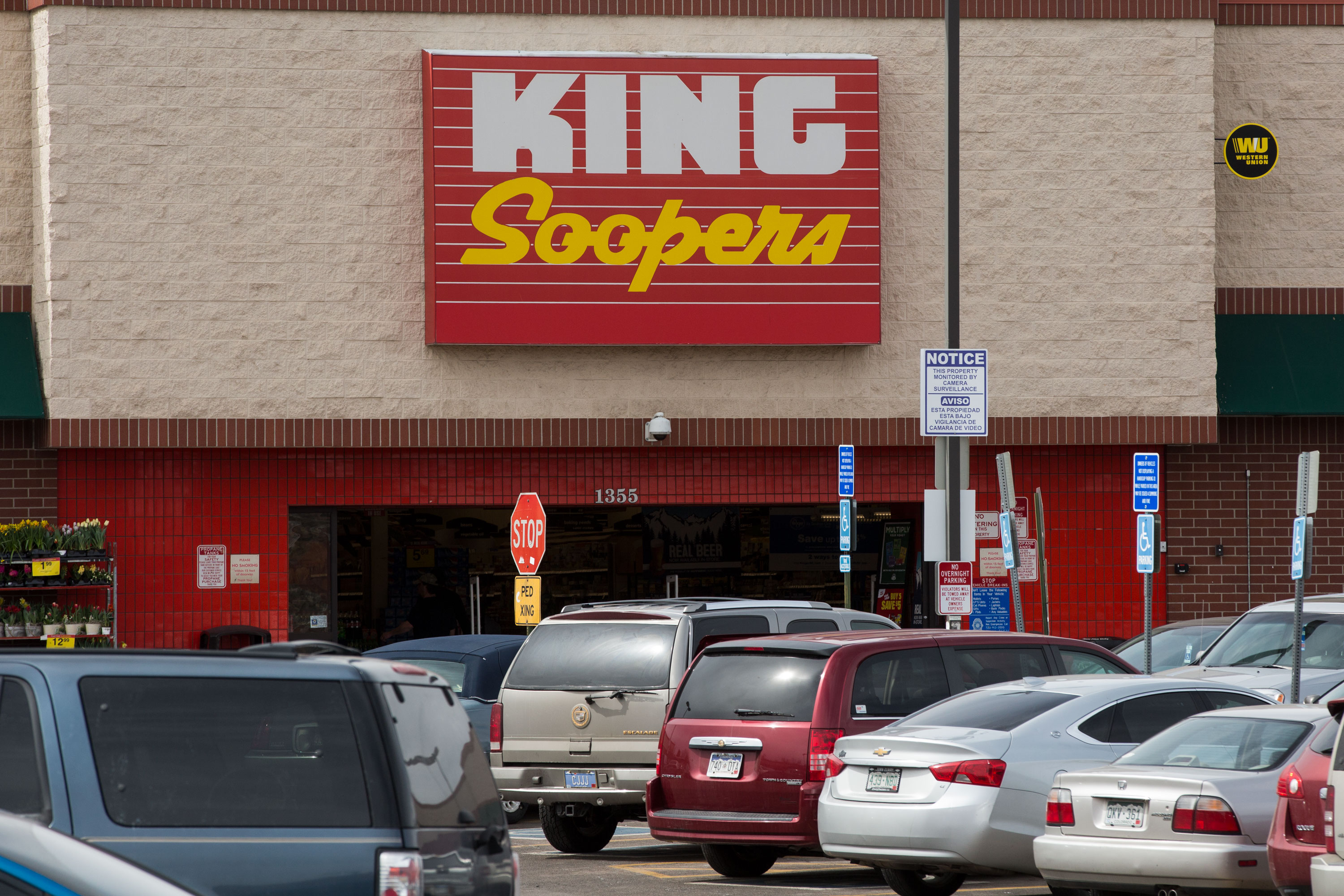 King Soopers and Workers Reach Tentative Deal To Avoid.