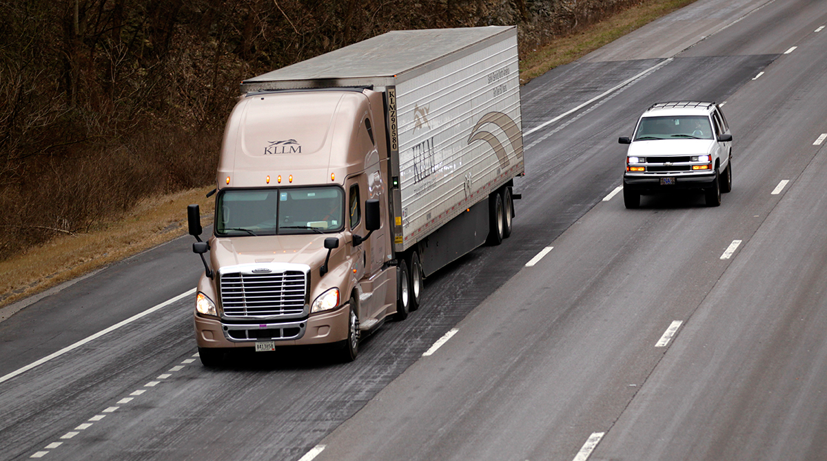 KLLM Announces Another Pay Increase for Drivers.