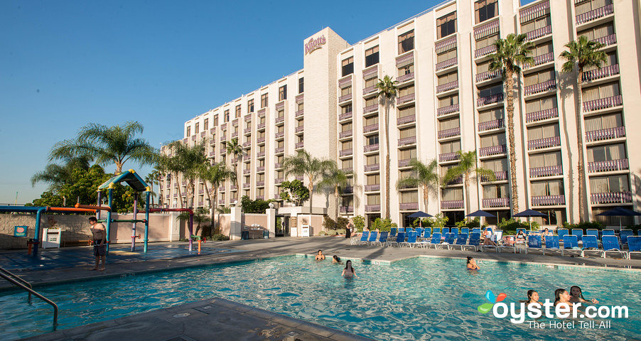 Knott's Berry Farm Resort Hotel.