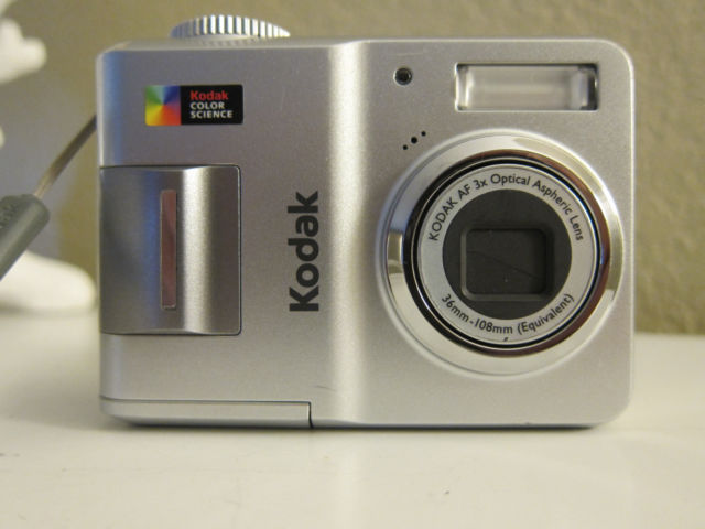 Kodak EasyShare C433 4.0 MP Digital Camera.