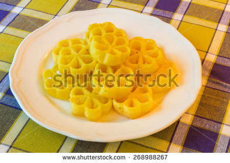 "e X p o s e's ""Foods and Drinks"" set on Shutterstock."