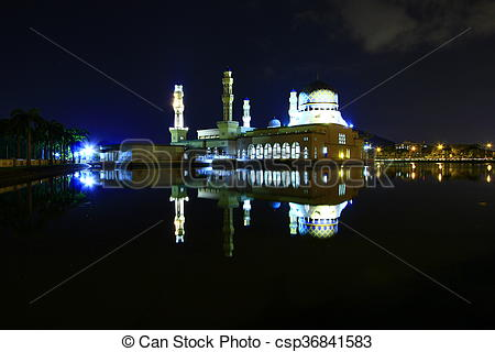 Pictures of Kota Kinabalu city mosque at night in Sabah, East.