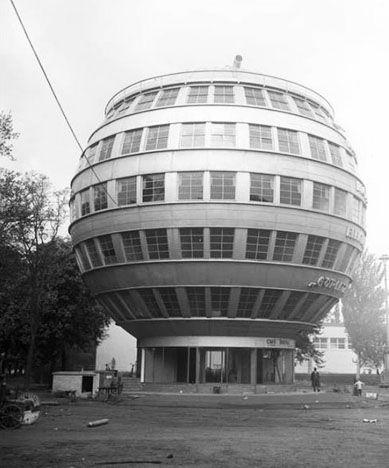 objectlesson The Kugelhaus, Dresden, 1928 Designed by Peter Birch.