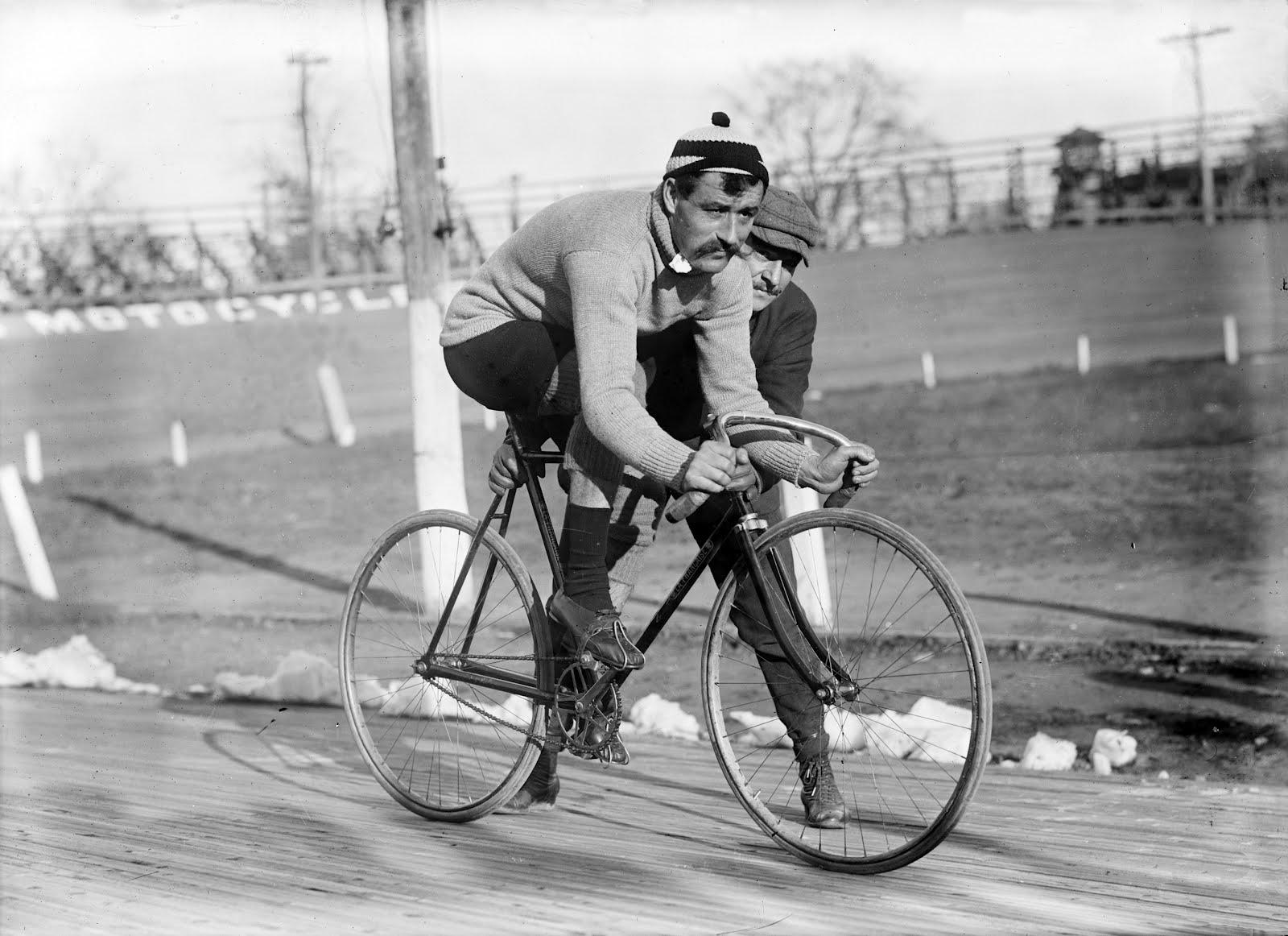 Public Domain Clip Art Photos and Images: Cyclist Léon Georget on.