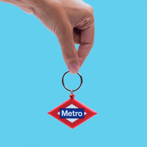 Metro logo key ring.