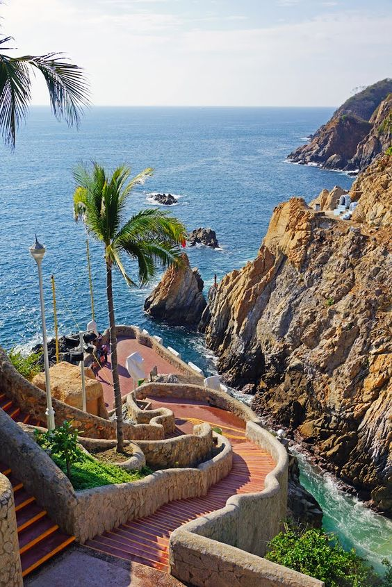 Stairway to Heaven La Quebrada stairway, Acapulco, #Mexico.
