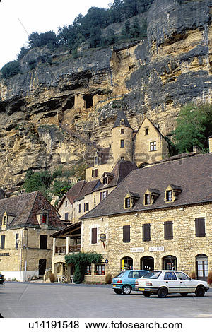 Pictures of Perigord, Dordogne, France, La Roque Gageac, Aquitaine.