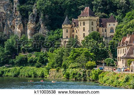 Pictures of chateau de la mallantrie La roque gageac france.