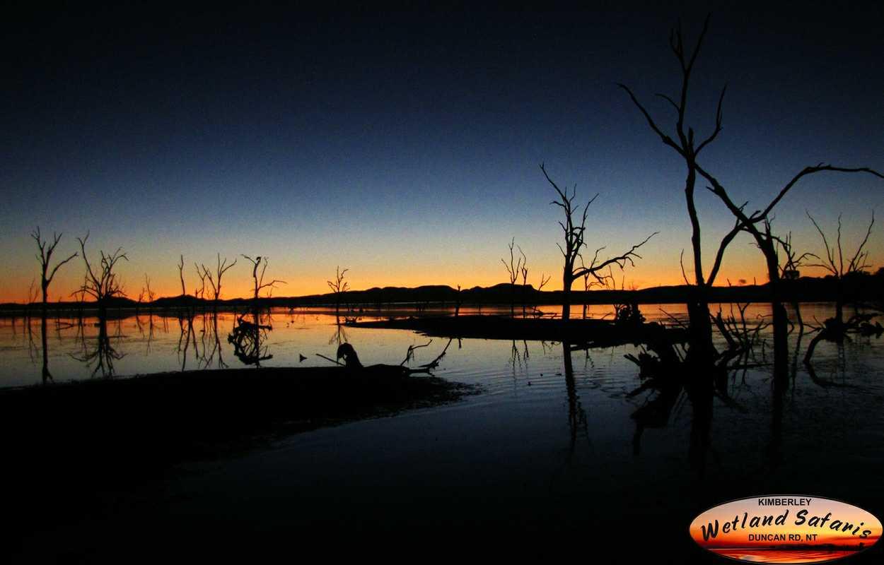 night cruise lake argyle.