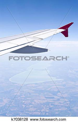 Pictures of Aerial image of Lake Balaton k7038128.