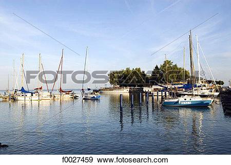 Stock Photograph of Hungary, lake Balaton, boats f0027459.