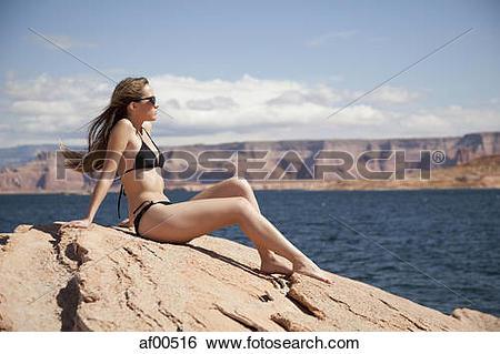 Stock Images of USA, Utah, Lake Powell, Young woman wearing bikini.