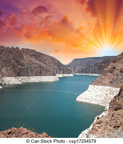 Picture of Glen Canyon dam on the Colorado River and Lake Powell.