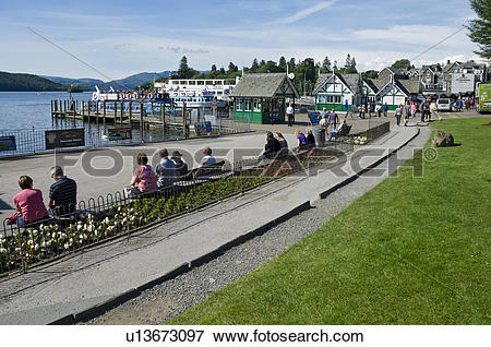 Picture of England, Cumbria, Bowness on Windermere. Visitors on.