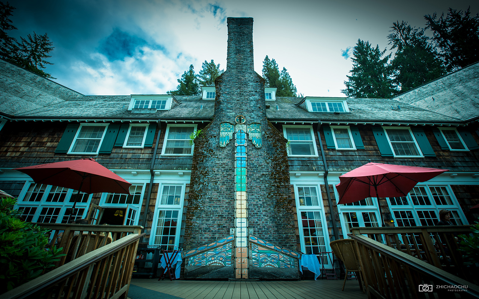 Wish to stay at Lake Quinault Lodge.