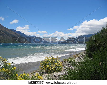 Picture of View from the shore of Lake Wakatipu on the South.