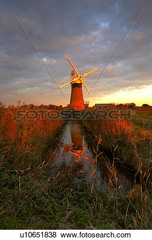 Pictures of England, Norfolk, St Benets Windmill, St Benets.