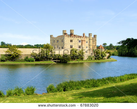 Leeds Castle And Moat, England Stock Photo 67883020 : Shutterstock.