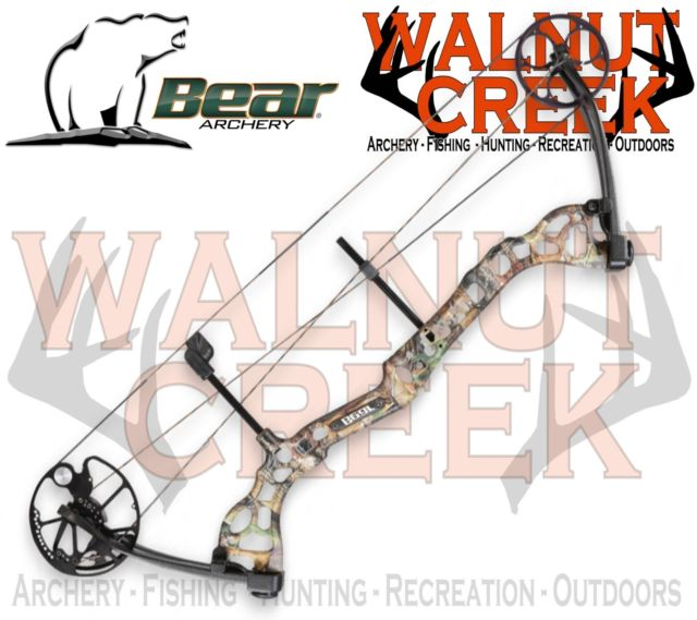 Bear Archery Attitude Compound Bow Realtree APG 70lbs Left Hand.