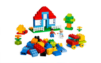 Kids Playing Legos Clipart