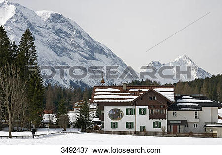 Picture of Recreation House Waldheim, Hohe Munde in the background.